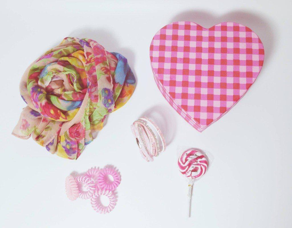 Shoppt neue Teile in der Trendfarbe Rosa: